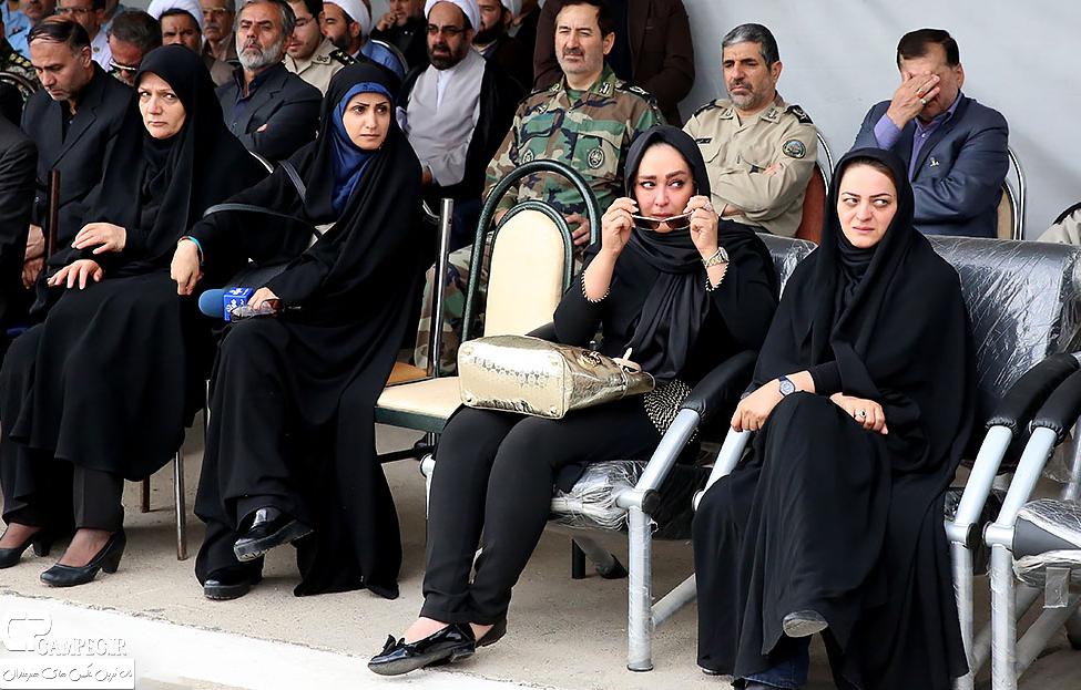 الهام حمیدی در مراسم تشییع پیکر همسر شهید بابایی
