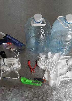 آموزش ساختن لوستری زیبا فقط با قاشق یکبار مصرف