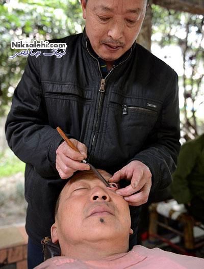 وقتی یک آرایشگر چشم را نیز اصلاح می کند