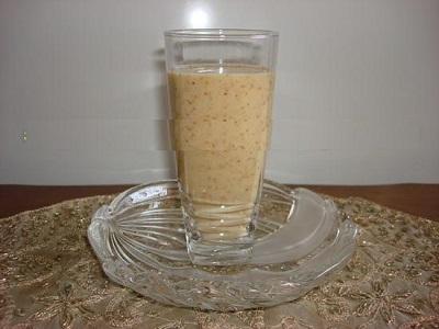 طرز تهیه نوشیدنی مقوی و آرامش بخش شیر و انجیر خشک! عکس