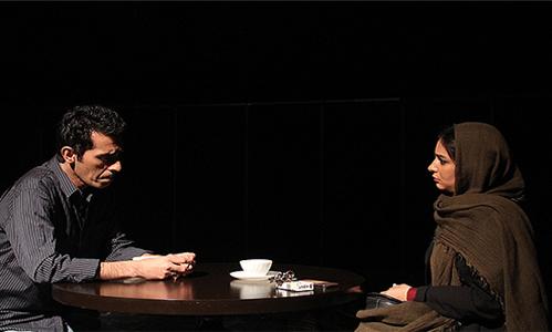 سیما تیرانداز، لیندا کیانی، بهاره رهنما روی صحنه تئاتر تصاویر