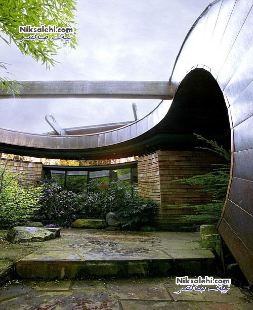 تصاویر زیبایی از معماری جالب خانه ای زیر سایه جنگل