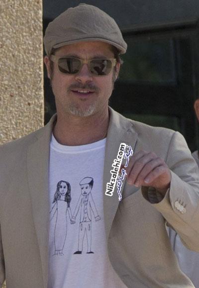 برد پیت در تی شرتی با عکس خودش و آنجلینا