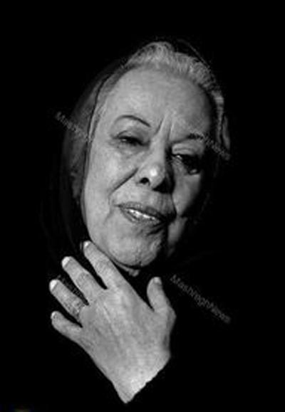 نخستین رمان نویس حرفه ای زن در ایران