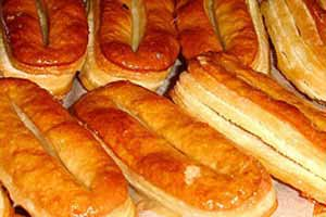 طرز تهیه شیرینی زبان خوشمزه با خمیر هزارلا