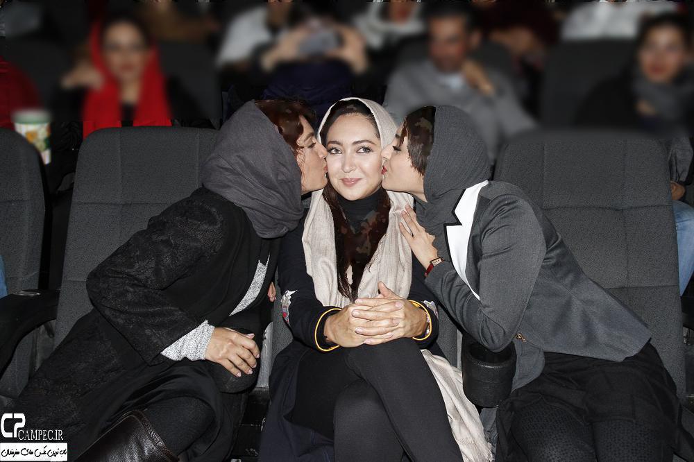 بوسه جالب دو بازیگر به صورت زیبای نیکی کریمی تصاویر