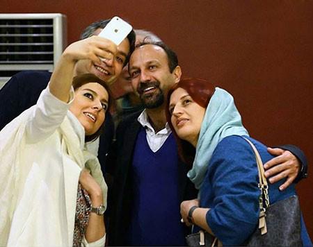 سلفی هایی از اصغر فرهادی و همسرش پریسا بخت آور تصاویر