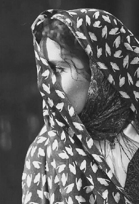 عکس های هنری الناز شاکردوست بازیگر سینما با چادر! تصاویر