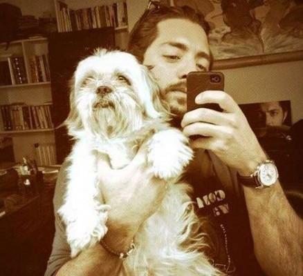 اعتراض شدیداللحن بهرام رادان به کشتن سگ ها با آمپول اسید عکس