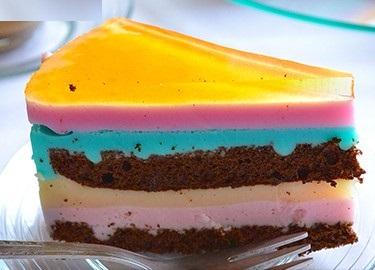 این کیک 5 رنگ خوشمزه و زیبا با دستوری بسیار آسان تهیه کنید