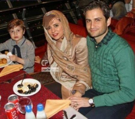 پویا امینی و همسرش در رستوران گردان برج میلاد عکس