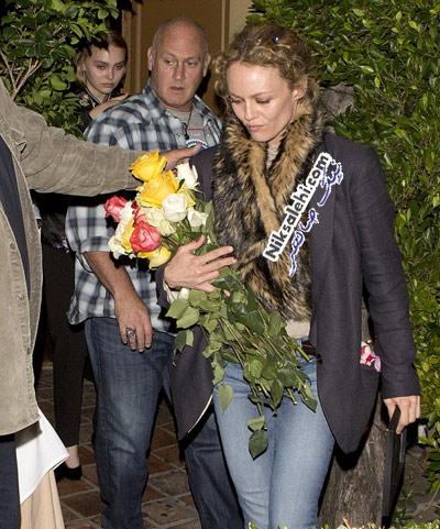 جانی دپ و همسرش در جشن تولد دخترش