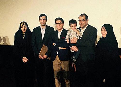 عکسهای یادگاری وزیر بهداشت با خانواده اش تصاویر