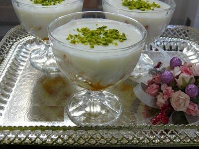 دسر عربی بسیار ساده و لذیذ:عیش السرایا ! عکس