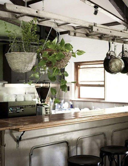 ایده هایی بسیار جالب برای قابلمه ها در آشپزخانه های کوچک تصاویر