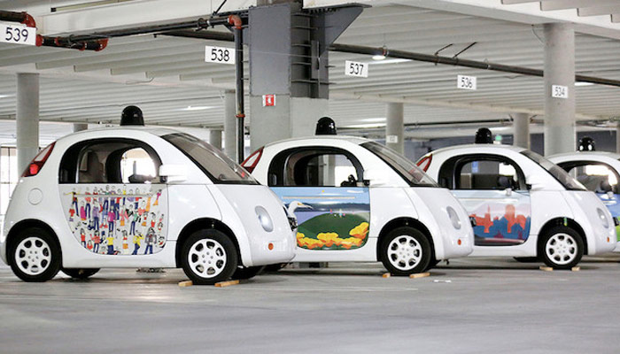 ساخت خودرو بدون راننده گوگل با همکاری فیات تصاویر