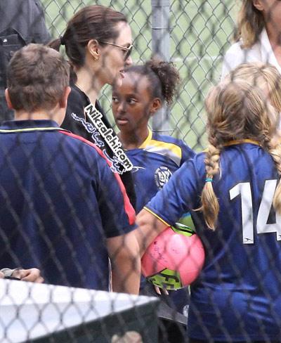آنجلینا جولی در نقش یک مادر فوتبال دوست