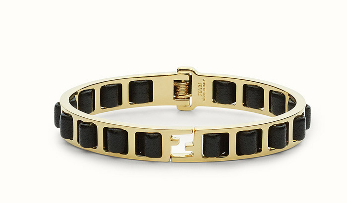دستبندهای دخترانه فندی