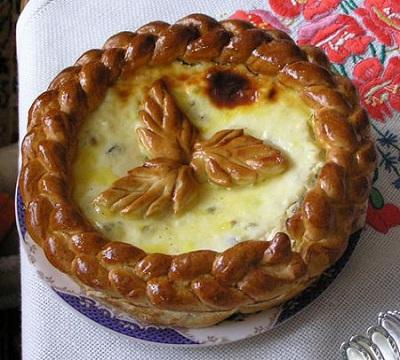نان پنیری رومانی پاسکا عصرانه ای خوشمزه! عکس
