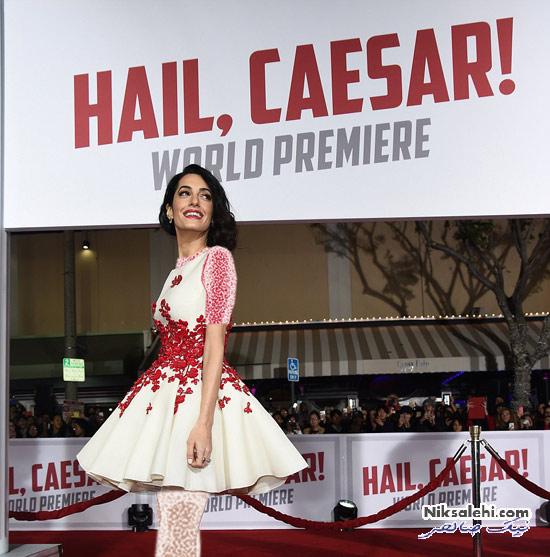 تیپ زیبای همسر جورج کلونی در افتتاحیه فیلم جدید وی