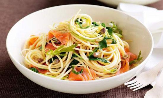 مهمانی را با «اسپاگتی و سالمون» برگزار کنید