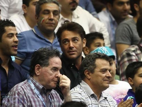 محمدرضا گلزار در بازی ایران و برزیل عکس