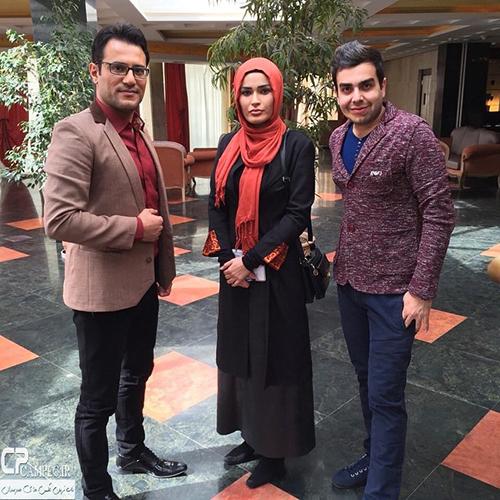 بازیگران سریال گذر از رنج ها در پشت صحنه برنامه خوشا شیراز