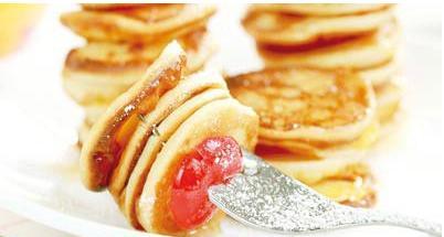 پنکیک سیب با عسل یک صبحانه فوق العاده