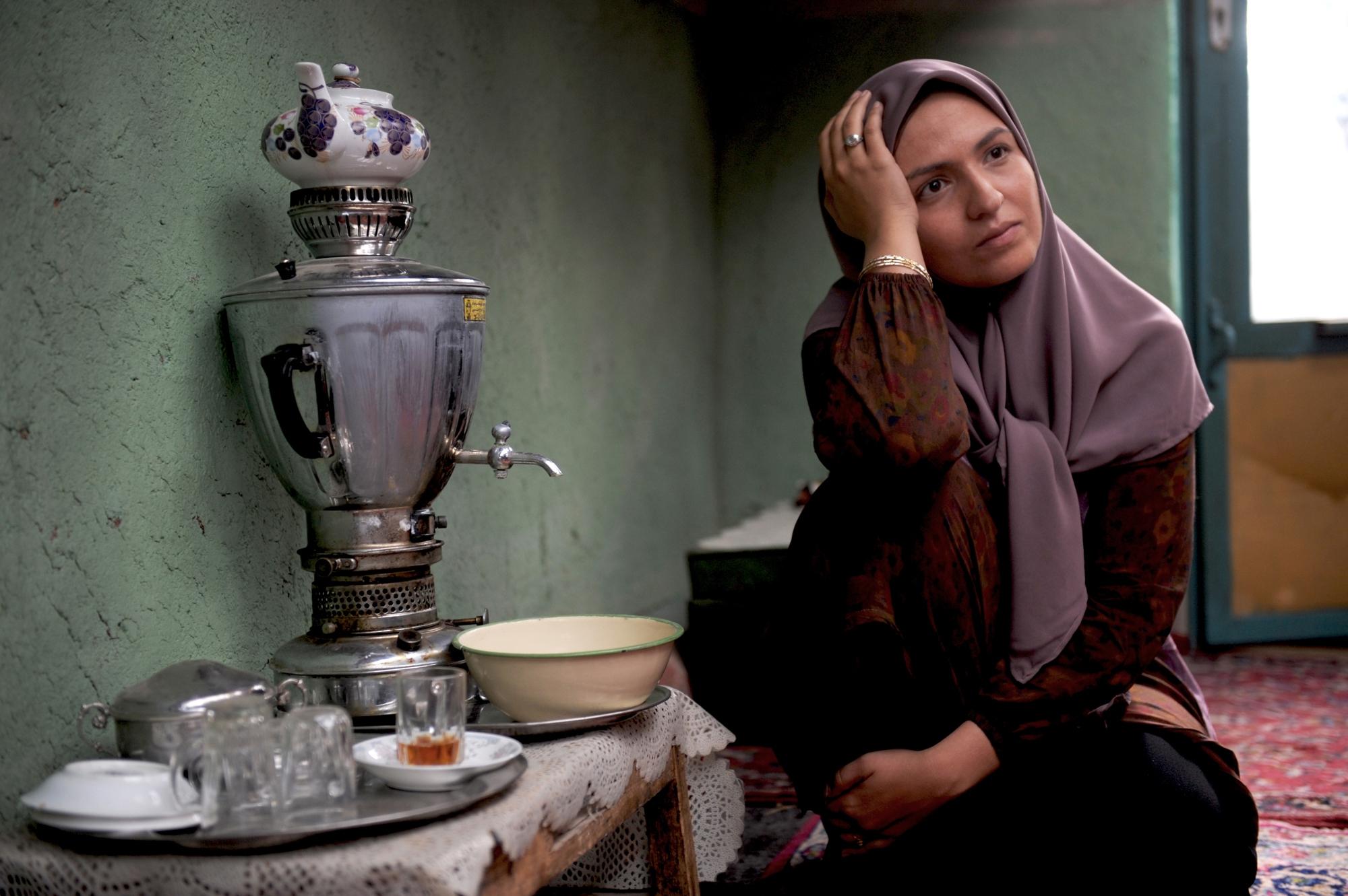 نمایش فیلم «شیار ۱۴۳» در این کشور اروپایی! تصاویر