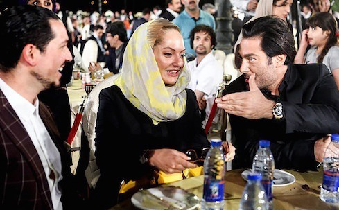 صحبت های درگوشی مهناز افشار و همسرش