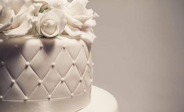 اکسسوری های مرواریدی برای لباس عروس