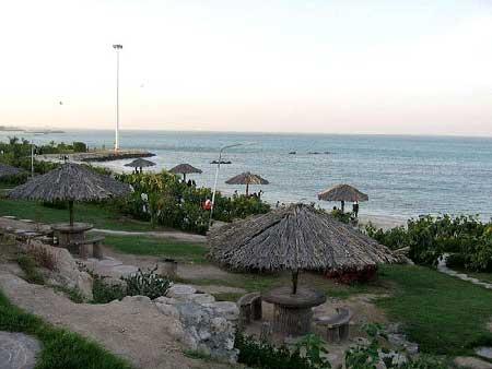 تفریحات هیجان انگیز در ساحل کیش تصاویر