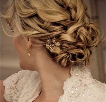 گالری تصاویرچند مدل موی جذاب برای عروس خانم ها تصاویر