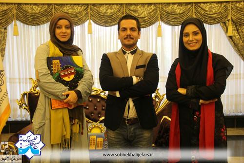 عکس های شراره رخام و عباس غزالی در صبح خلیج فارس