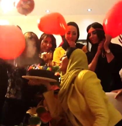 عکس هایی از جشن تولد لیلا بلوکات در کنار دوستانش