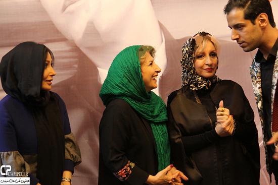 عکس های مراسم رونمایی از آلبوم من یه خوانندم امیر سینکی