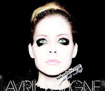 چهره جدید خواننده مشهور بدون آرایش همیشگی