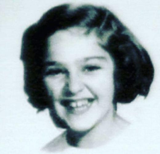 کودکی مدونا خواننده مشهور آمریکایی! تصاویر