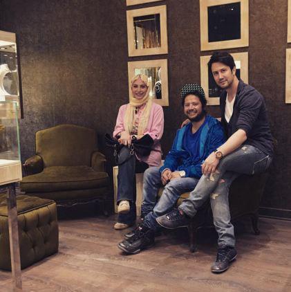 دو بازیگر معروف در گالری شاهرخ استخری تصاویر