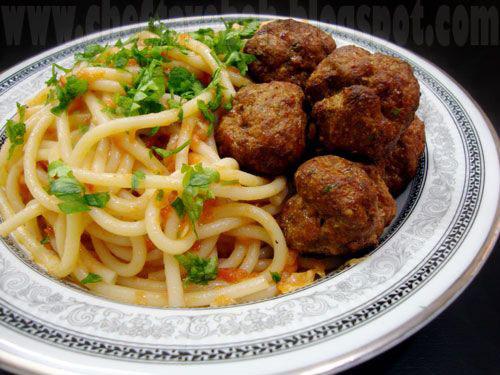 غذای معروف ایتالیایی، بوکاتینی آل آماتریچانا