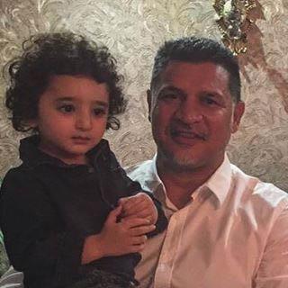 سامیار پسر شیلا خداداد در آغوش علی دایی!  عکس