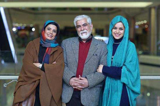 عکس های خانوادگی عاطفه رضوی و همسر و دخترش