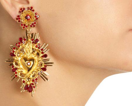 شیک ترین مدل های گوشواره از برندهای هندی  تصاویر