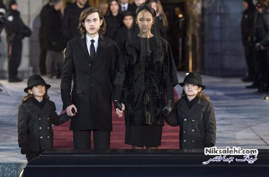 صحبت های جالب پسربزرگ سلن دیان در مراسم خاکسپاری پدرش