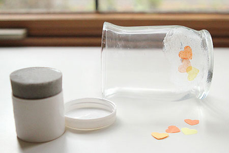ایجاد طرح روی جاشمعی با دستمال کاغذی