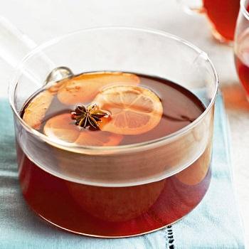 نوشیدنی مخصوص روزهای پاییزی ،چای دارچین و زنجبیل عکس