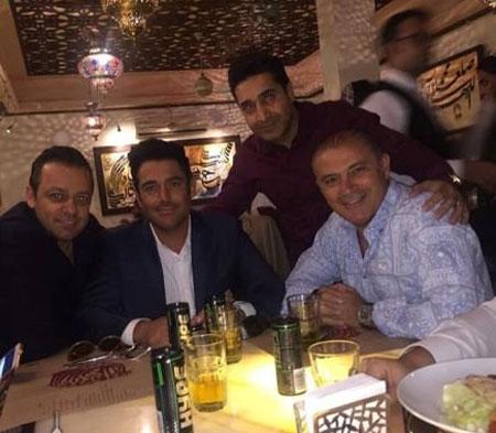 در رستوران محمدرضا گلزار چه می گذرد؟