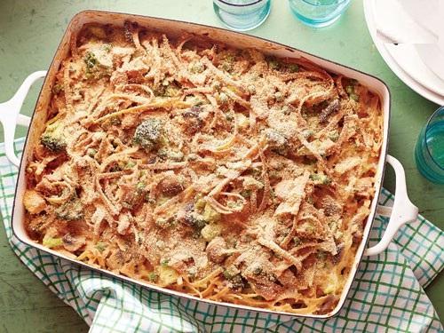 طعم ایتالیایی کاسرول تن ماهی و سبزیجات