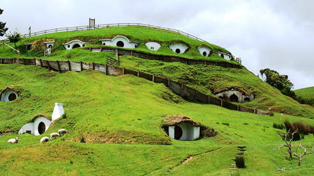 روستای شگفت انگیز هابیت ها در دنیای واقعی تصاویر