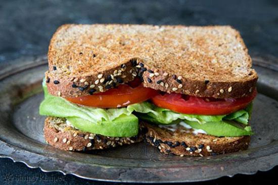 ساندویچ گیاهی با آووکادوی گران قیمت